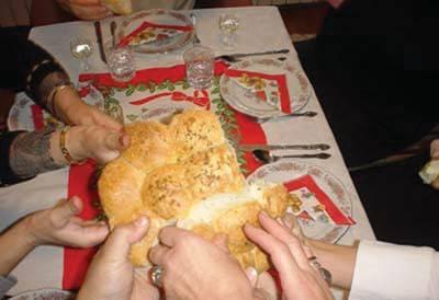 http://www.crkvenikalendar.com/tradicija/bozic_en_clip_image009.jpg